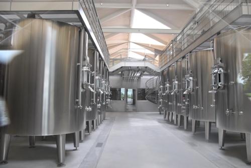 Chateaux Margaux, vinska klet, čista kot laboratorij